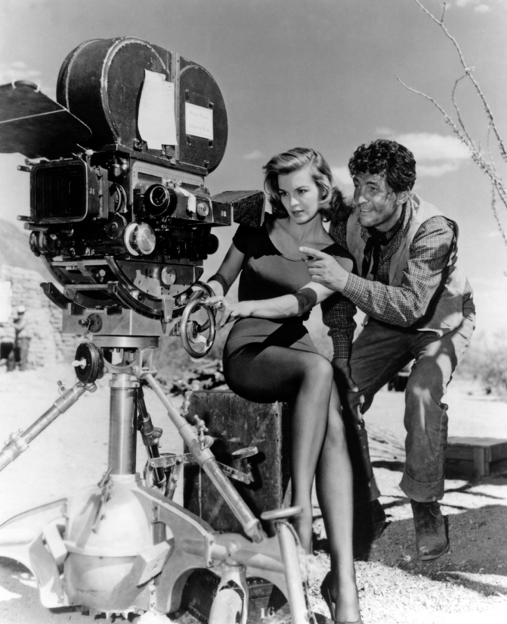 Angie Dickinson and Dean Martin, Behind the Scenes of Rio Bravo