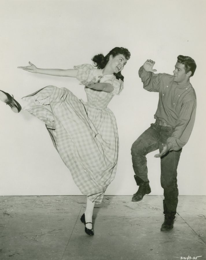 Julie Newmar and Jeff Richards - Seven Brides for Seven Brothers