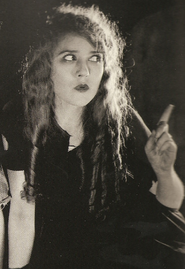 Mary Pickford in The Little Princess (1917)