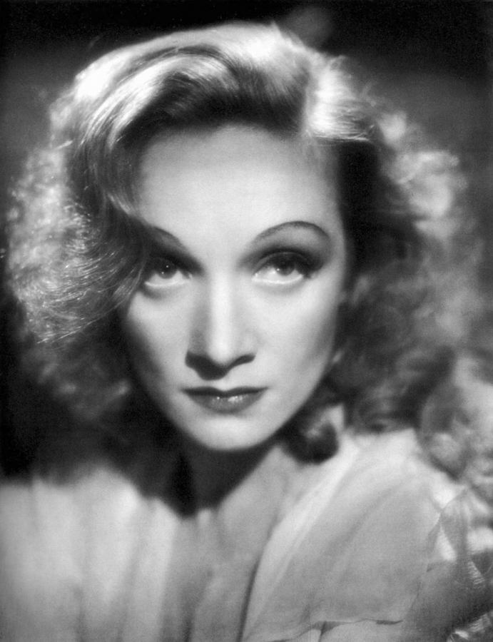 Marlene Dietrich in Knight Without Armour