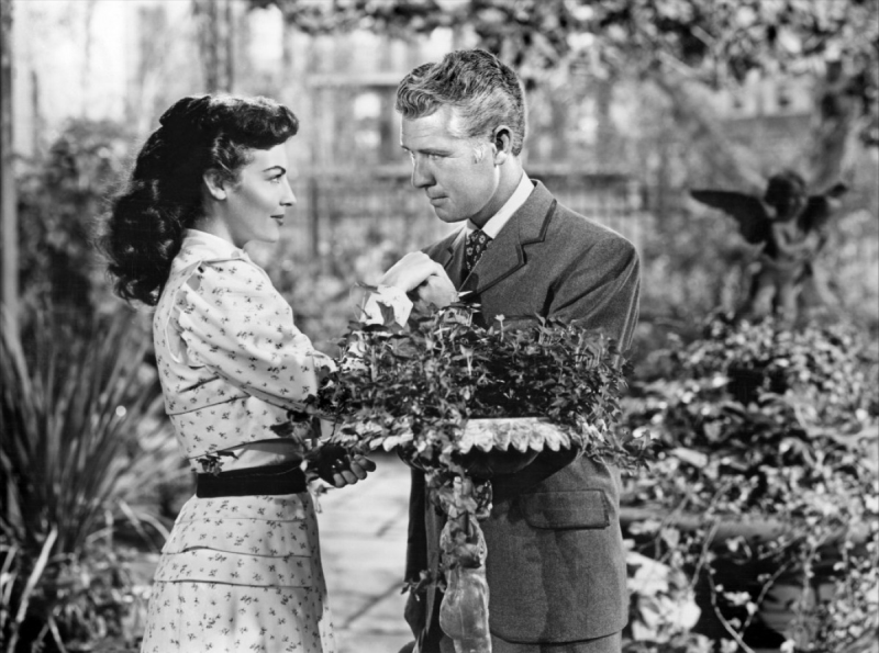Ava Gardner and Gordon Oliver, My Forbidden Past