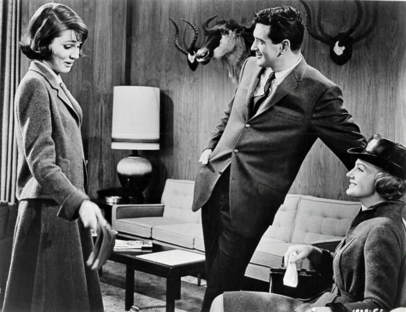 Paula Prentiss, Rock Hudson, and Maria Perschy