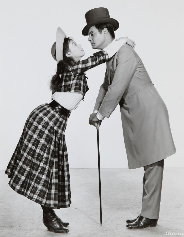 Leslie Caron and Louis Jourdan, Gigi