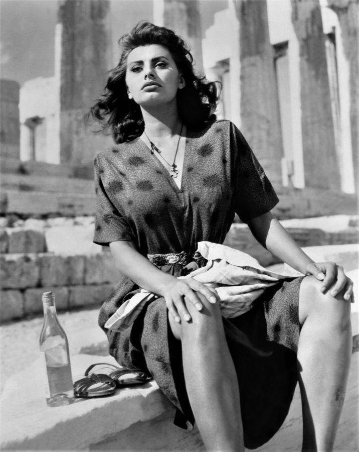 Sophia Loren, Boy on a Dolphin