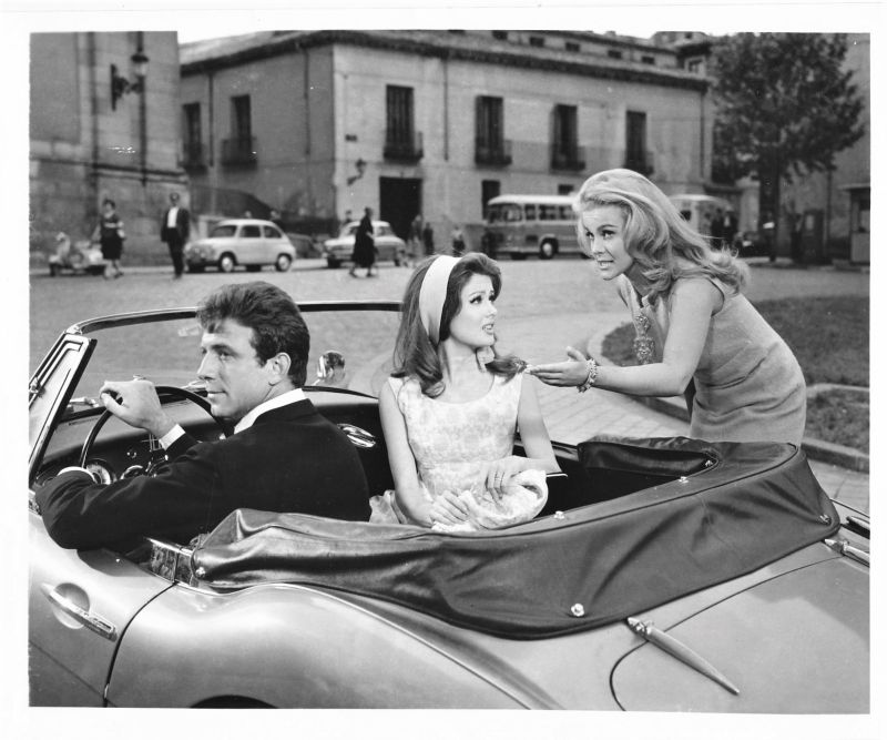Ann-Margret, Pamela Tiffin, and Anthony Franciosa in The Pleasure Seekers