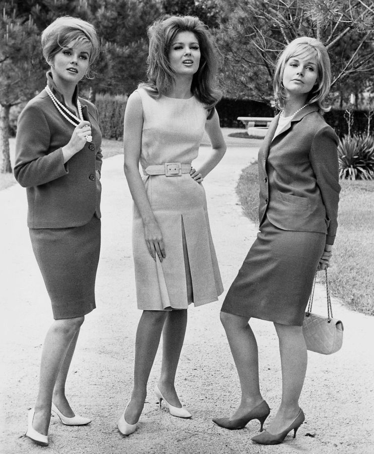Ann-Margret, Pamela Tiffin, and Carol Lynley in The Pleasure Seekers