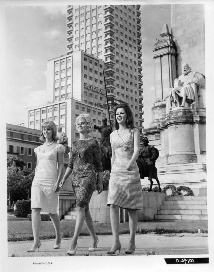 Carol Lynley, Ann Margret, and Pamela Tiffin in The Pleasure Seekers