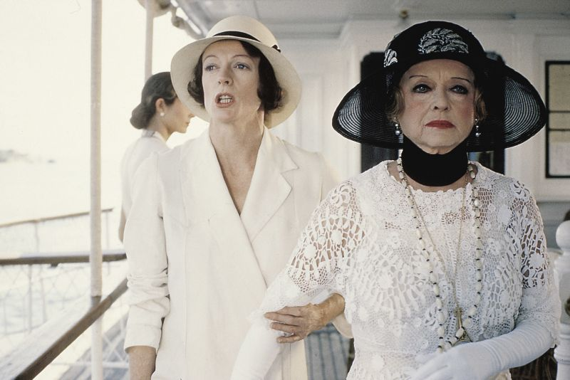 Maggie Smith and Bette Davis in Death on the Nile
