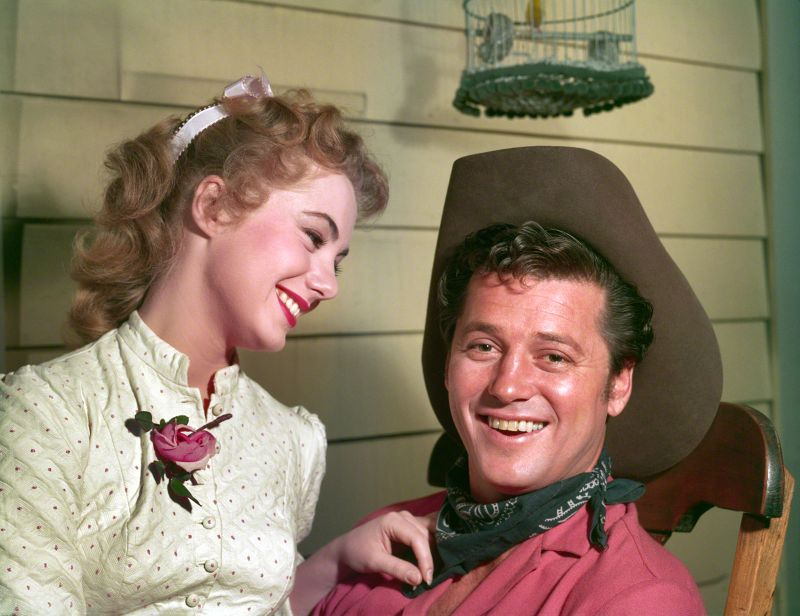 Shirley Jones and Gordon MacRae, Oklahoma
