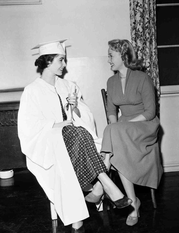 Jane Powell and Elizabeth Taylor, Father of the Bride Behind the Scenes