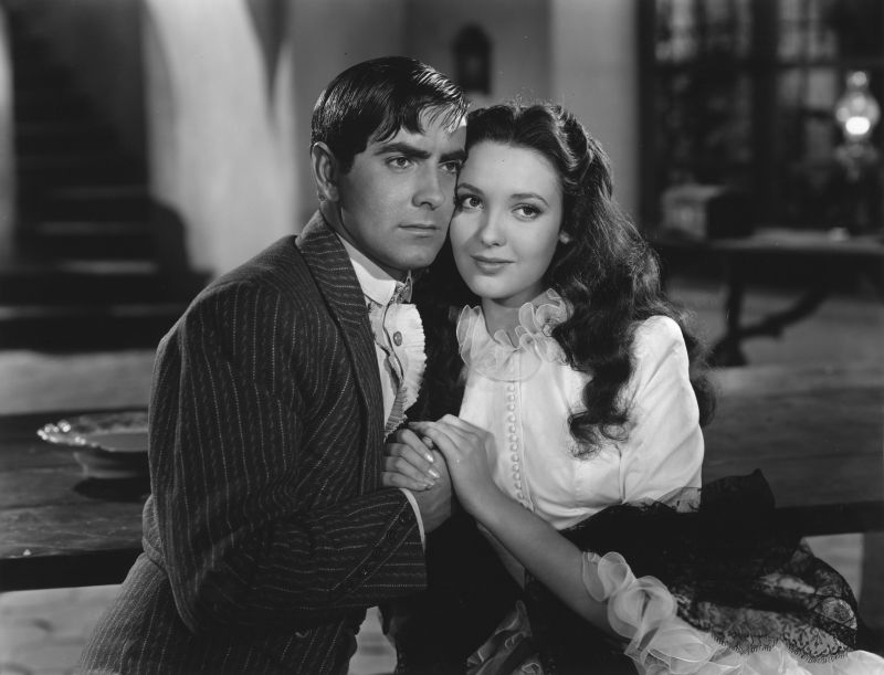 Tyrone Power and Linda Darnell