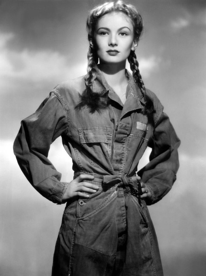 Veronica Lake, So Proudly We Hail