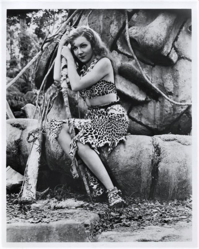 Claudette Colbert, Four Frightened People