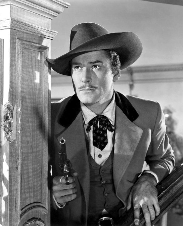 Errol Flynn, San Antonio
