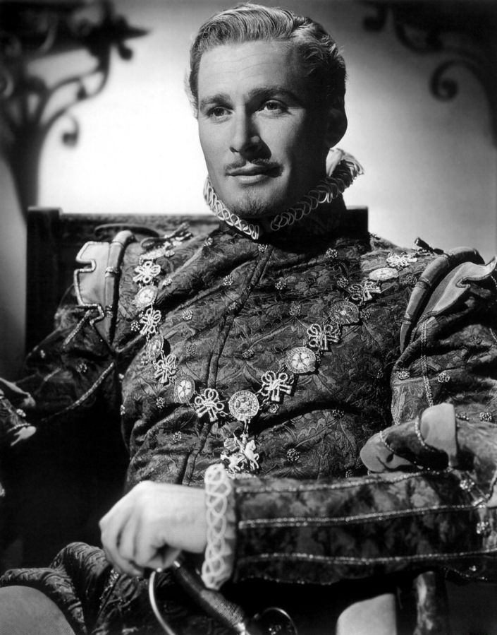 Errol Flynn, The Private Lives of Elizabeth and Essex
