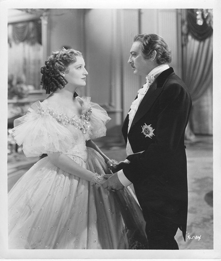 Jeanette MacDonald and John Barrymore, Maytime