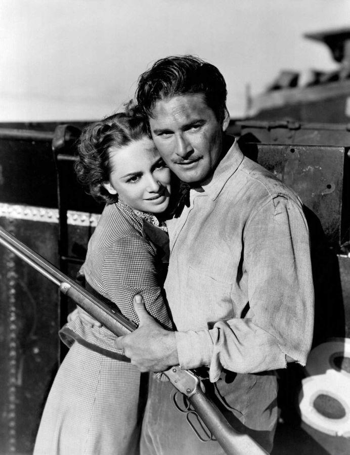 Olivia de Havilland and Errol Flynn in Dodge City