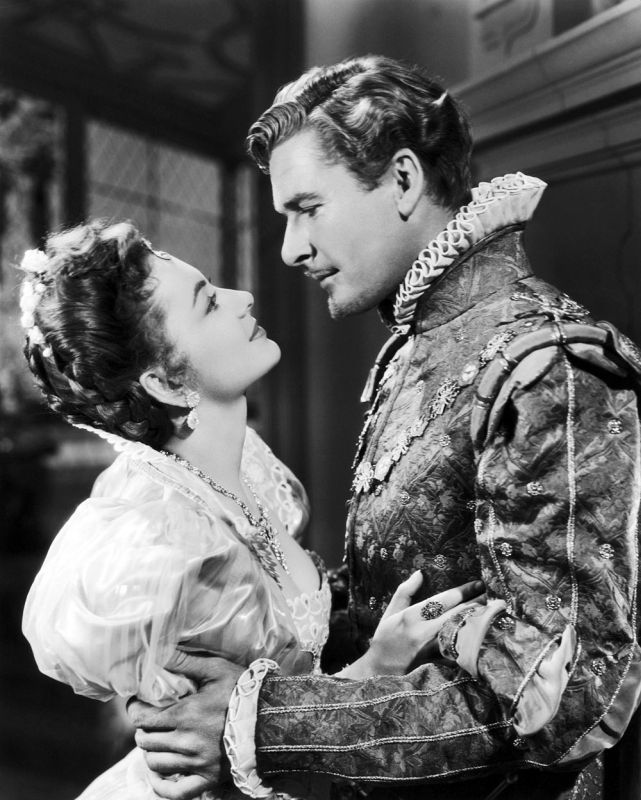 Olivia de Havilland and Errol Flynn, The Private Lives of Elizabeth and Essex