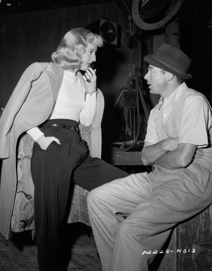 Barbara Stanwyck and Billy Wilder, Behind the Scenes of Double Indemnity