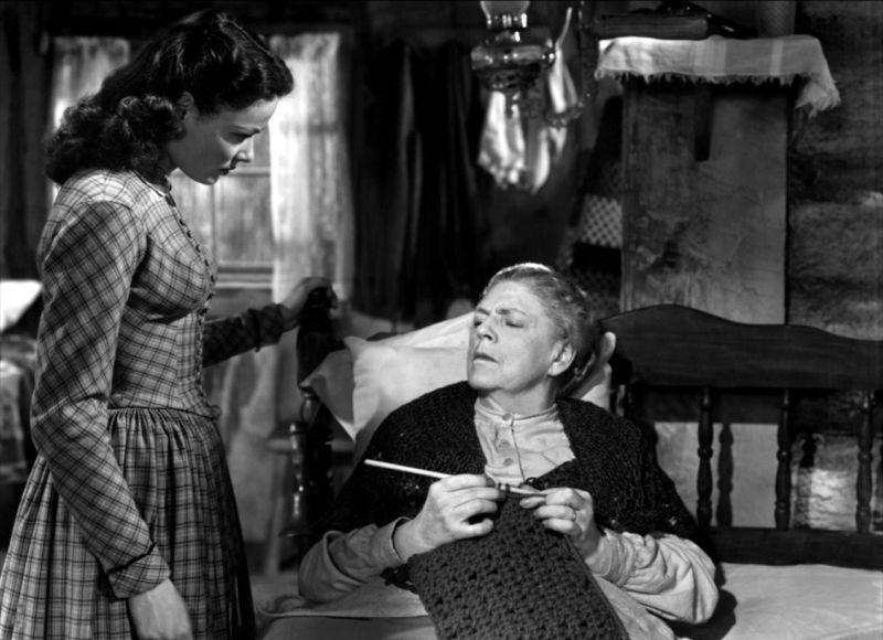 Gene Tierney and Ethel Barrymore: The Secret of Convict Lake