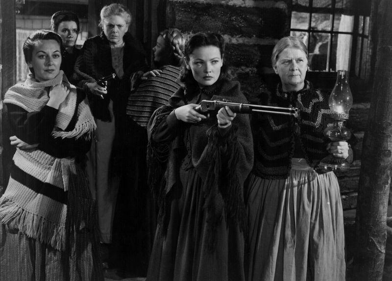 Ann Dvorak, Jeanette Nolan, Ruth Donnelly, Barbara Bates, Gene Tierney, and Ethel Barrymore