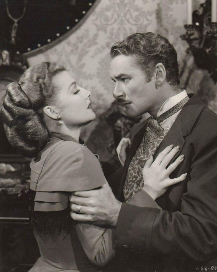 Ann Sheridan and Errol Flynn, Silver River