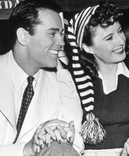 Henry Fonda and Barbara Stanwyck - behind the scenes