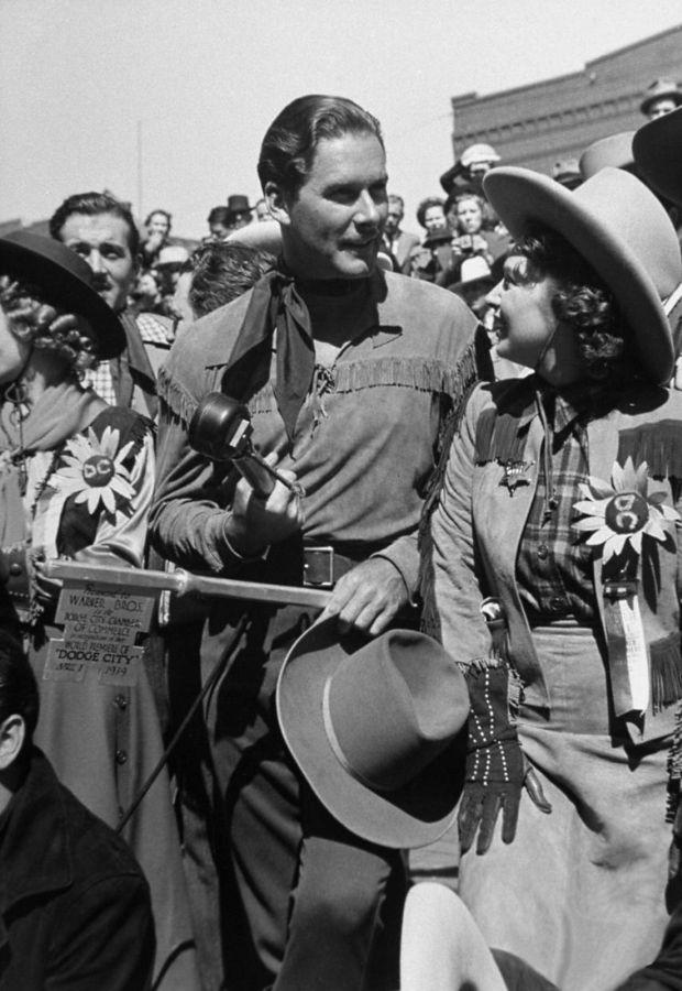 Errol Flynn, Dodge City