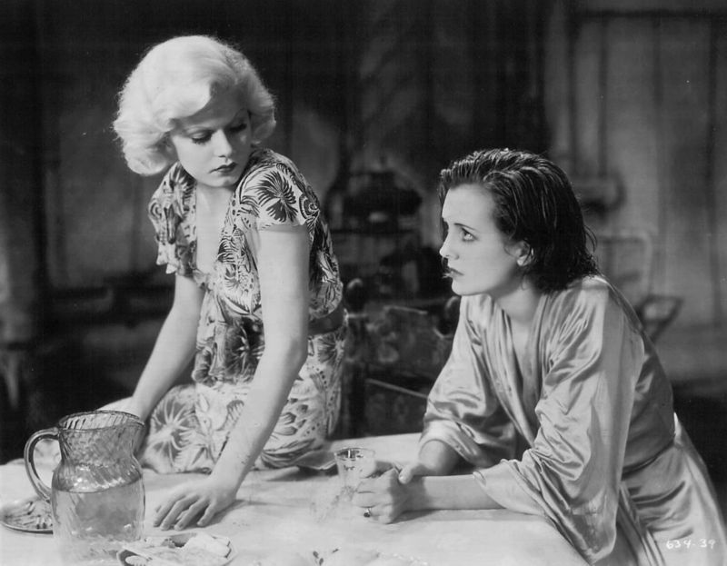 Mary Astor and Jean Harlow in Red Dust